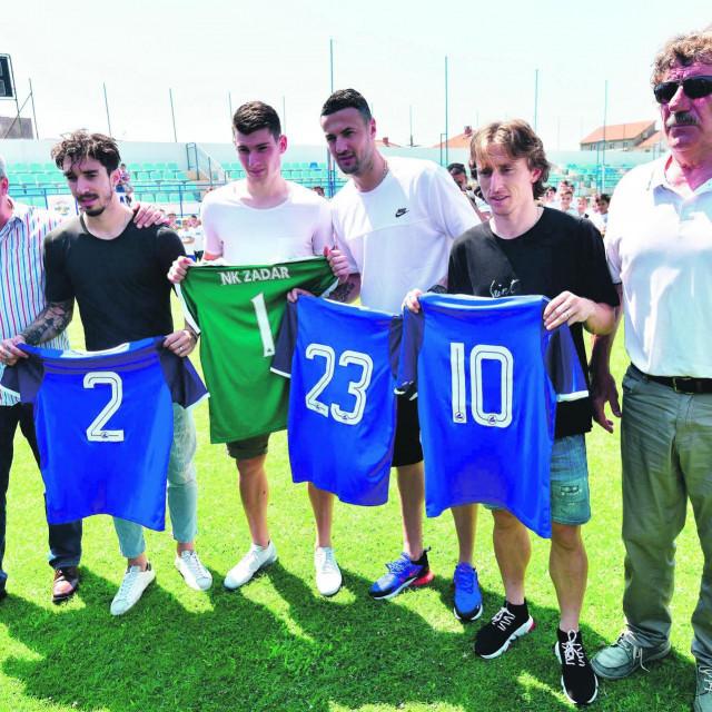 Luka Modrić, Šime Vrsaljko, Danijel Subašić i Dominik Livaković prije dvije godine na terenu svog matičnog kluba NK Zadar.