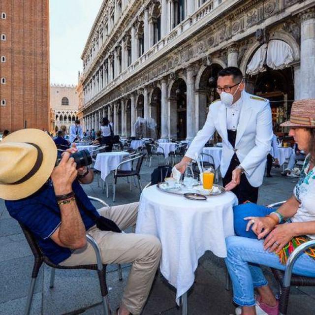 Turisti su opet počeli dolaziti u Veneciju