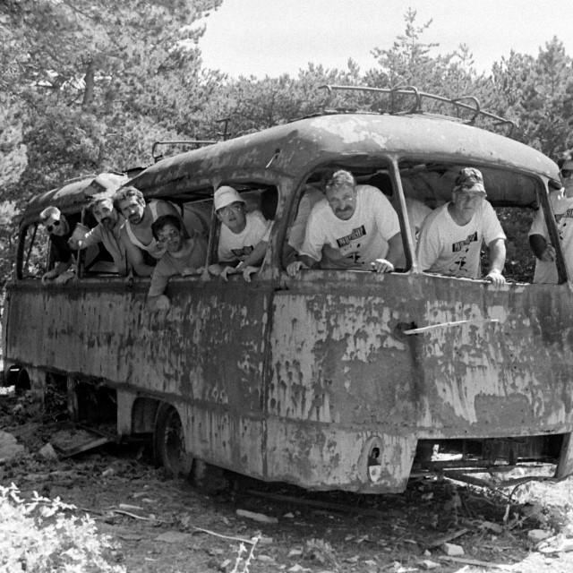 Počinje raditi javni prijevoz..., Vidova gora, 1996.