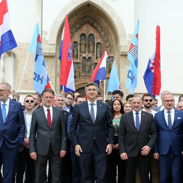 Andrej Plenković javnost već danima uvjerava da Hrvatska dobro stoji na gospodarskim ljestvicama