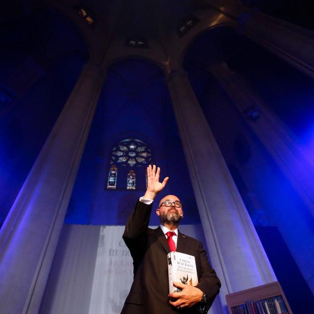 Carlos Ruiz Zafón, omiljen među čitateljima /AFP