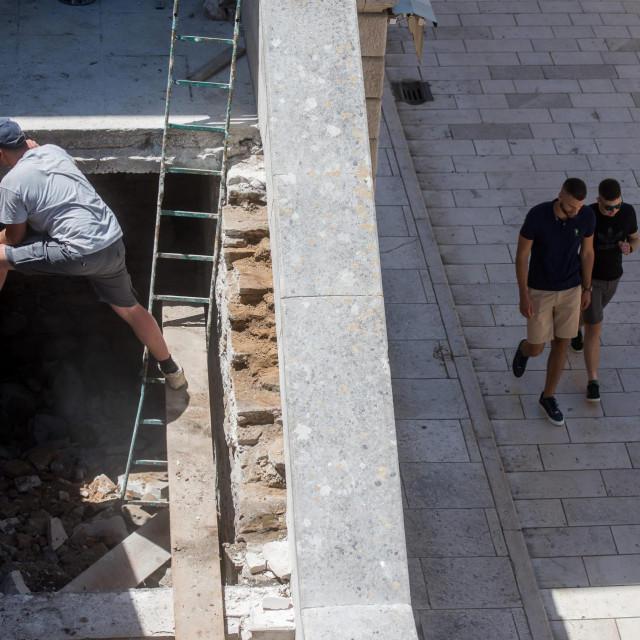 U tijeku je rekonstrukcija stepeništa Narodnog lista u sklopu projekta uređenja Muraja