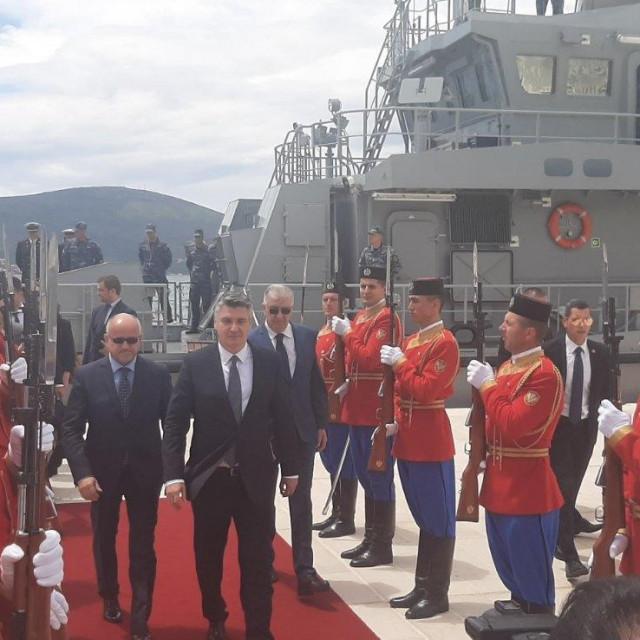 Predsjednik RH Zoran Milanović doplovio je u ponedjeljak u službeni posjet Crnoj Gori