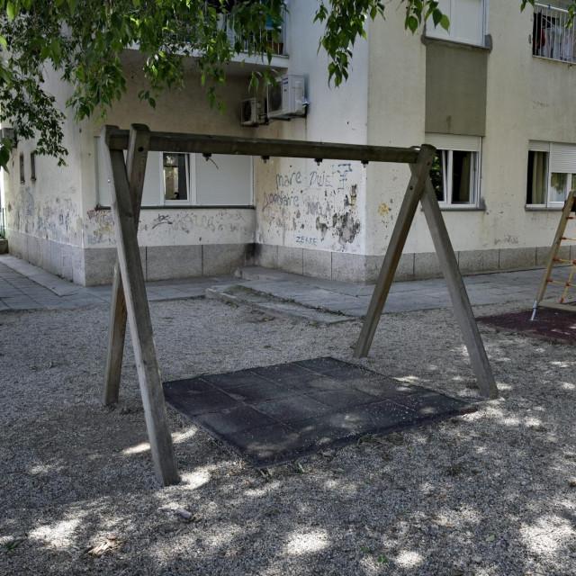 Igralište vrtića 'Zvončica' u Smiljanićevoj ulici privremeno je opustjelo