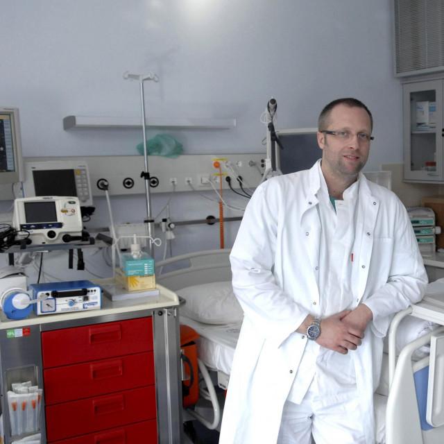 Dr. Cristijan Bulat<br />