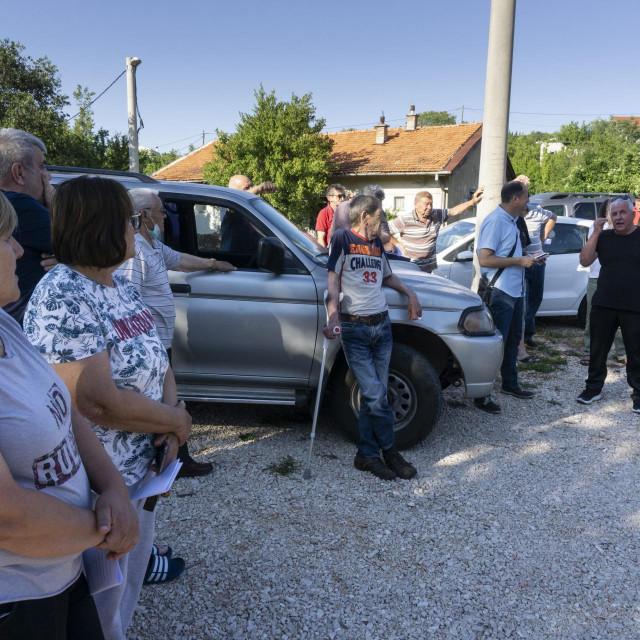 Nezadovoljni Gornjopoljičani okupili su se na prosvjedu