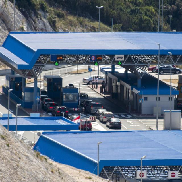 Granicni prelaz Klek-Neum možda će sutra biti zatvoren<br />