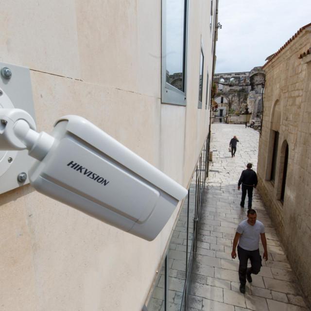 Peristil je tek jedna od brojnih javnih površina Splita pod budnim elektronskim okom