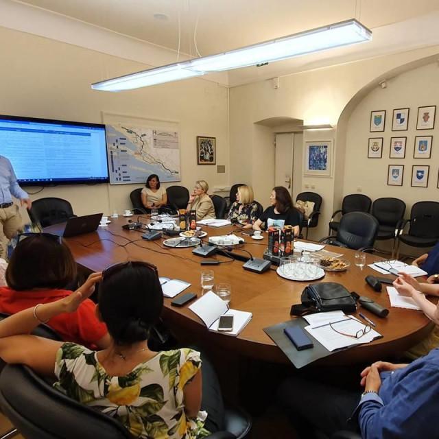 U sklopu EU projekta OPERA IIOdržana je druga radionica na temu revizije Strategije razvoja ljudskih potencijala DNŽ