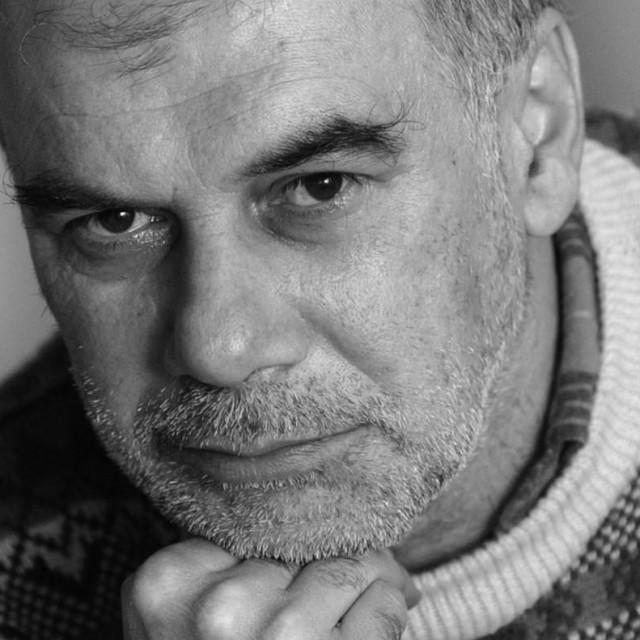 Preminuo je novinar Dražen Duilo