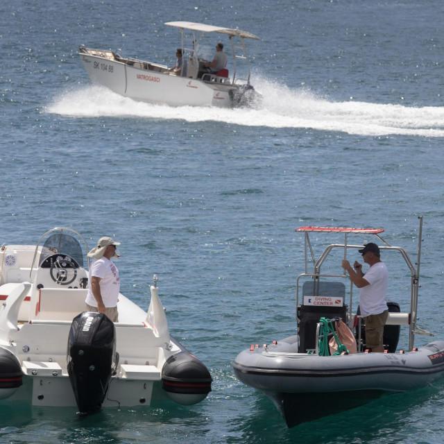Kastel Gomilica, 13062020.<br /> 12. Hrvatski dani male brodogradnje i Sajam turistickih atrakcija u marini Kastela.<br /> Na fotografiji: Bura gumenjaci.<br />