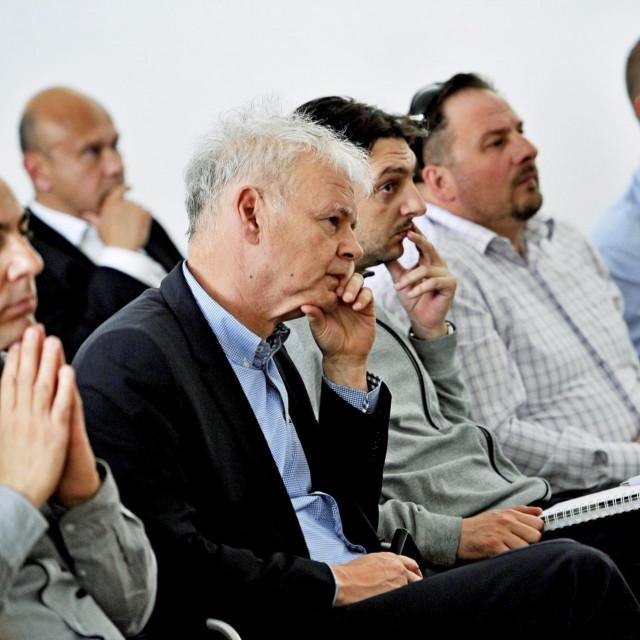 Marko Mustapić, na fotografiji sasvim desno