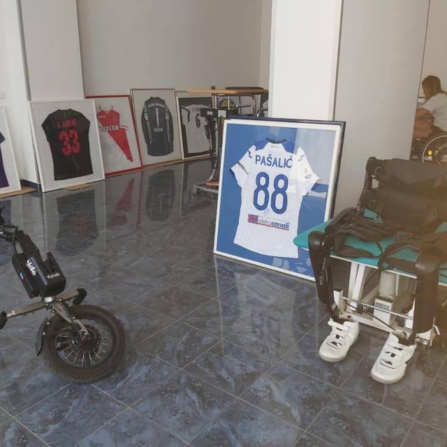 Pomagalo 'ReWalk' nalazi se u prostorijama u Ličkoj ulici