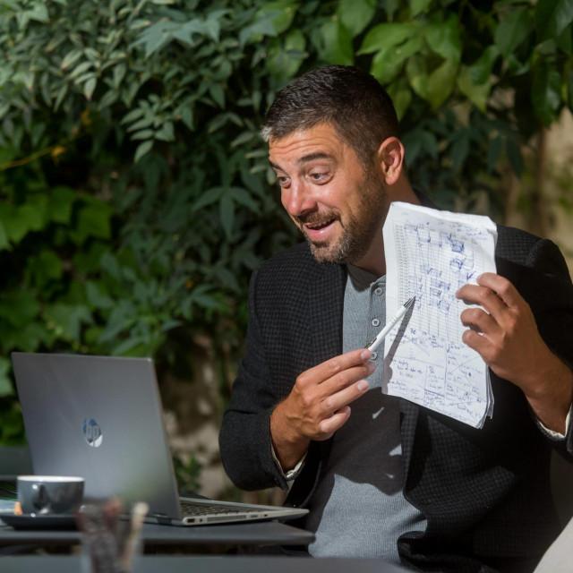 Toni Jeričević drži tečaj engleskog jezika na internetu