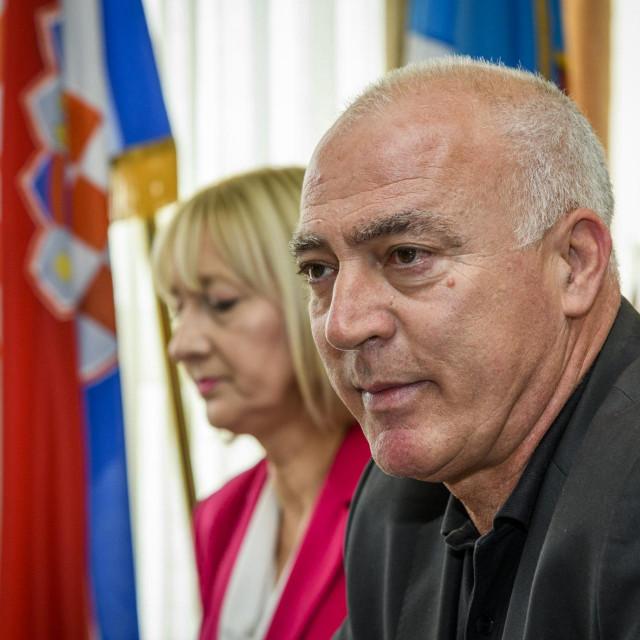 Sibenik, 040620.<br /> Konferencija za medije Stozera Civilne zastite Sibenskokniske zupanije i nacelnika stozera Damira Truta<br /> Na fotografiji: zupan Goran Pauk.<br />