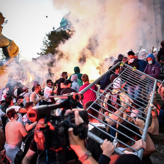 Prosvjedi traju već treći dan i nitko ne zna kada će prestati
