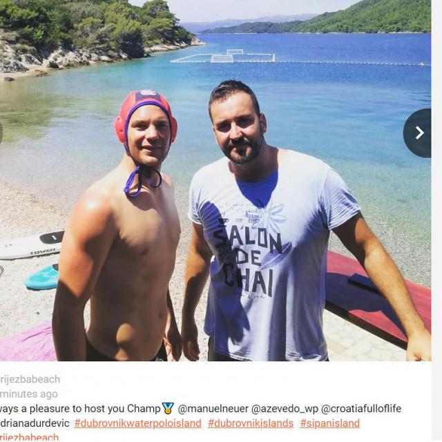 Manuel Neuer i Nikša Dobud na plaži u uvali Priježba na Šipanu