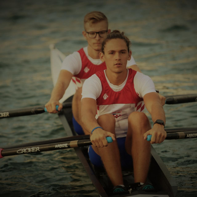 Toni Crnjak i Lovro Čondrić, veslači Neptuna foto: Tonči Vlašić