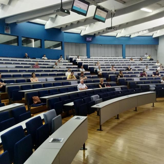 Završna konferencija održana je u fakultetskom amfiteatru u Kampusu FESB
