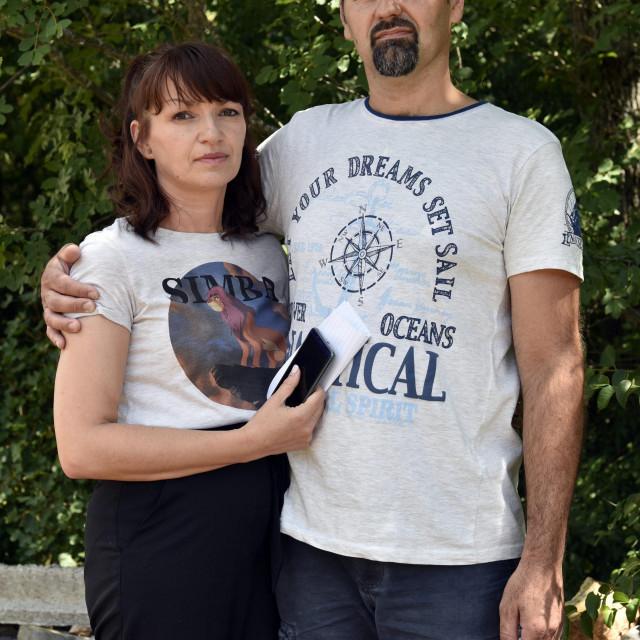 Naš novinar s Marinom nevjestom Zoranom Maroš i suprugom Slavkom