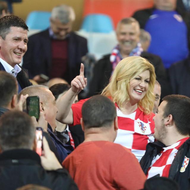 Kolinda Grabar Kitarovic s navijačima<br />