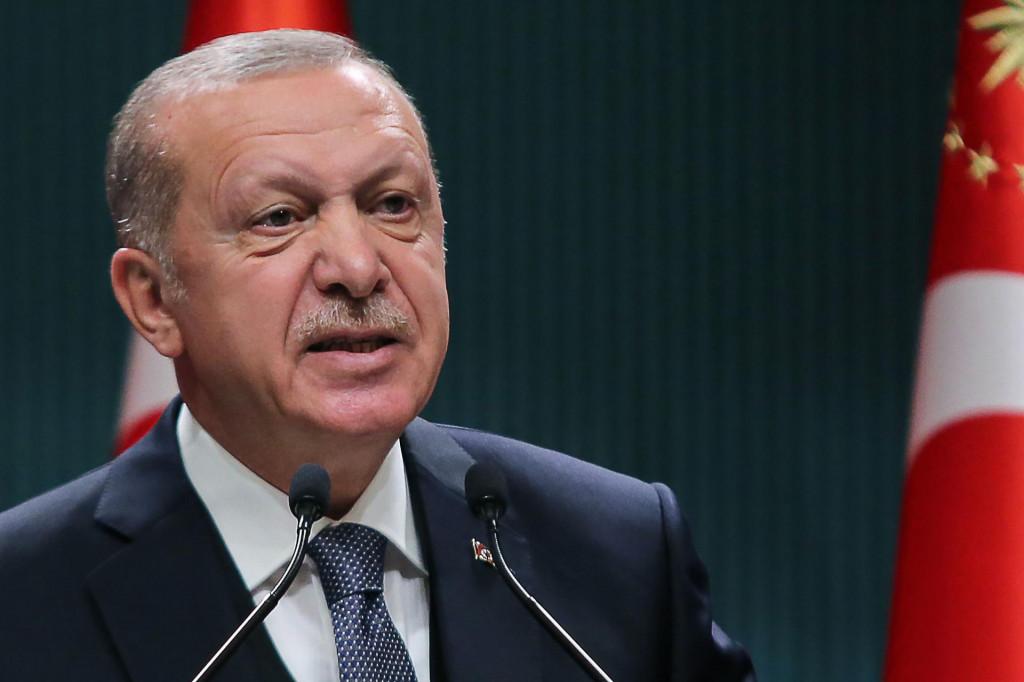 Erdogan je vrebao trenutak kada su svi zauzeti svojim problemima da ispuni svoj davni politički cilj<br />