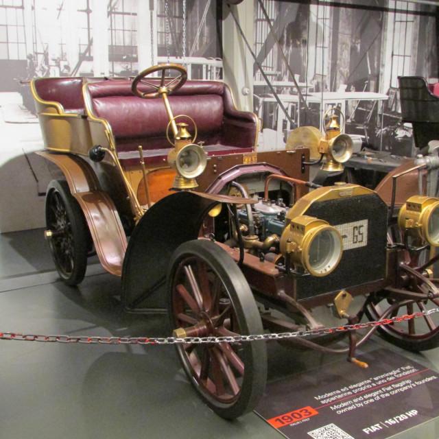 Fiat iz 1903. godine s motorom snage 16, odnosno 20 KS