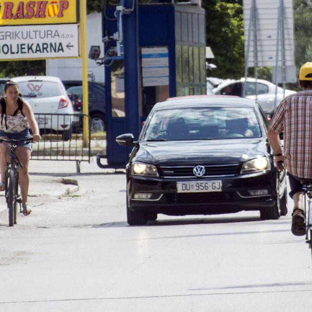 Preko granice se odlazi i biciklom
