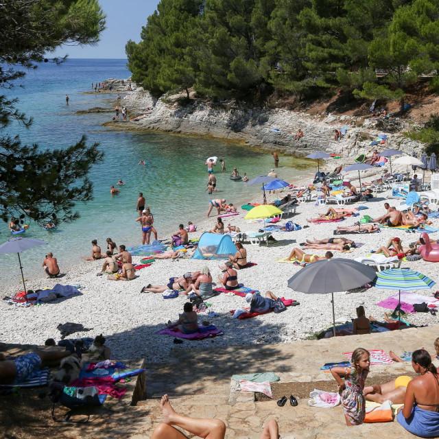 Na fotografiji: plaža u Gortanovoj uvali