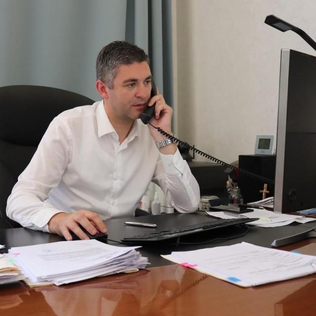 Mato Franković razgovarao je telefonski s tri veleposlanika o korona ugrozi