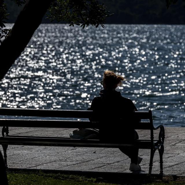 Čovjek ostari čekajući penziju