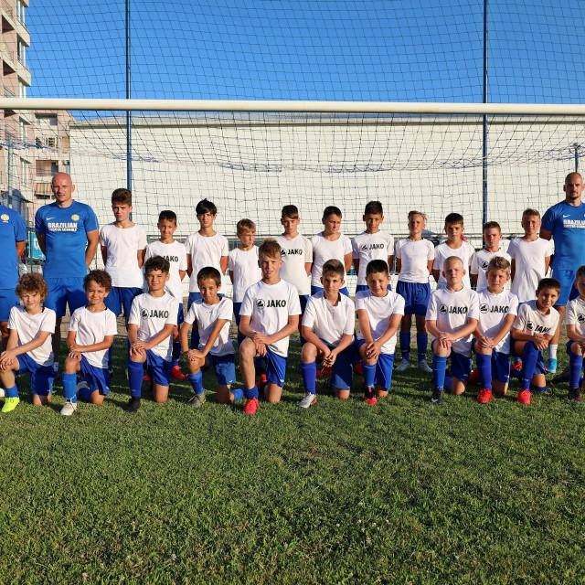 Brazilska nogometna škola