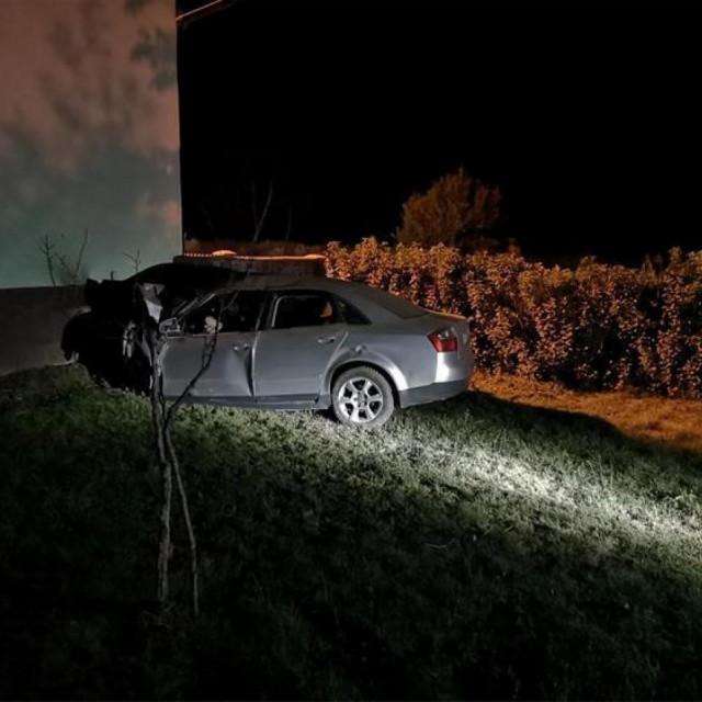 Prizor s mjesta nesreće u Starim Mikanovcima