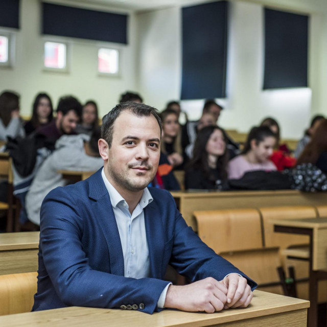 Dekan Ljubo Runjić<br />