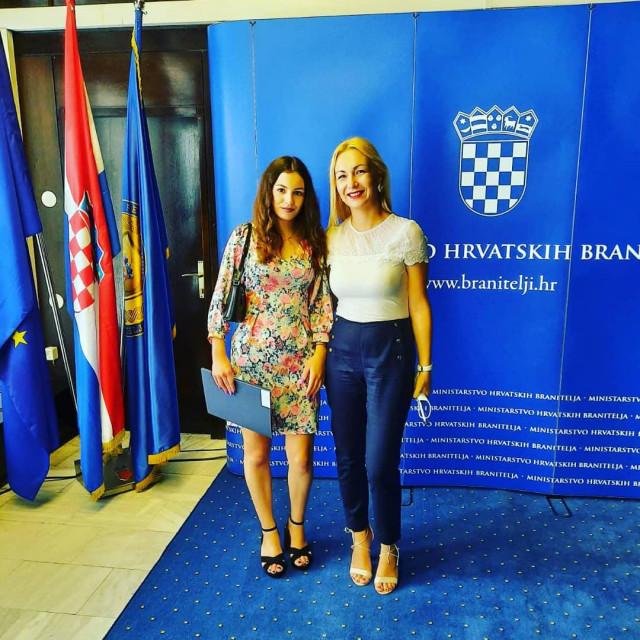 Lucija Vilić i mentorica Ema Bodrožić-Selak