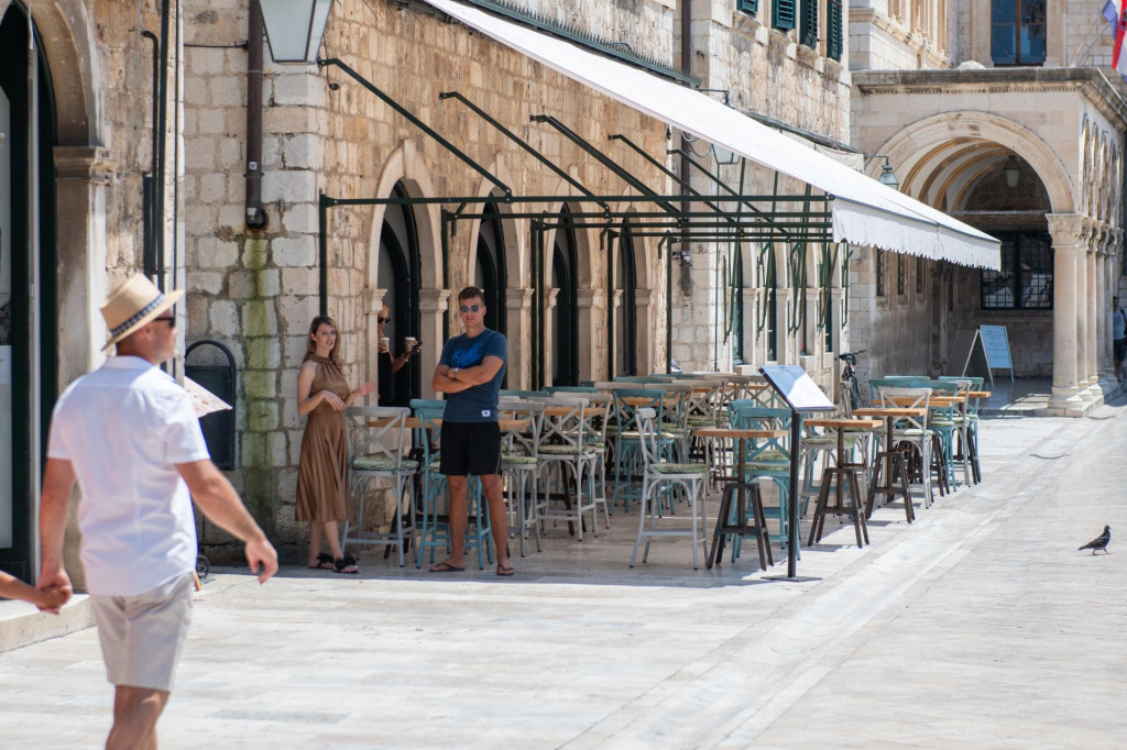 Za razlku od Poreča, Rovinja ili Zadra, Dubrovnik je u srpnju pust