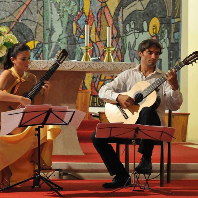 Ana i Viktor Vidović svirat će djela Bacha, Giulianija, Chopina, Villa-Lobosa, Albeniza i Piazzolle