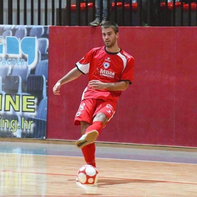 Filip Pezelj