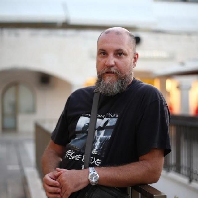 Profesor bilogije Ivan Cikatić
