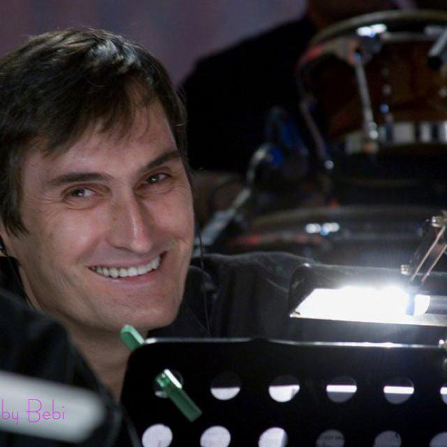 Nenad Šiškov, glazbenik koji vješto, kako sam kaže, 'svira' i po društvenim mrežama