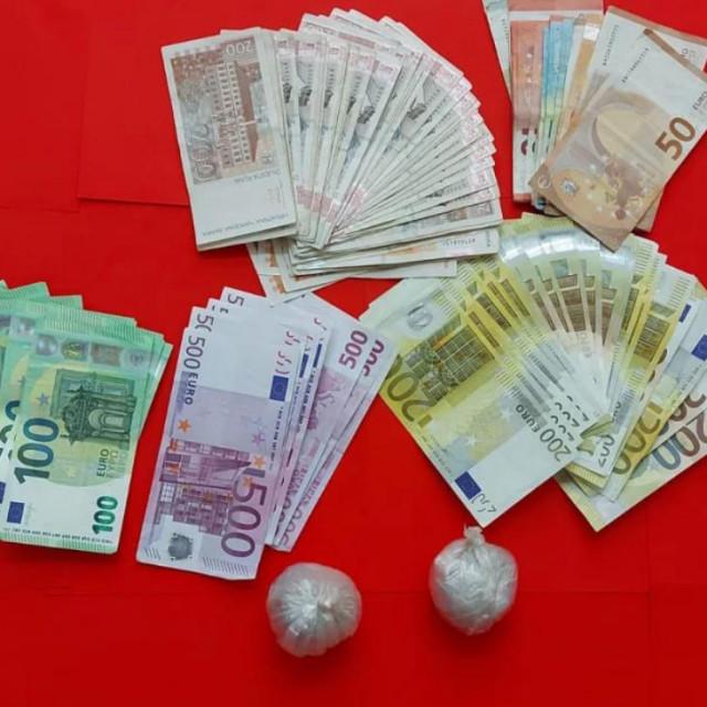 Zapljena droge i novca u Arbanasima