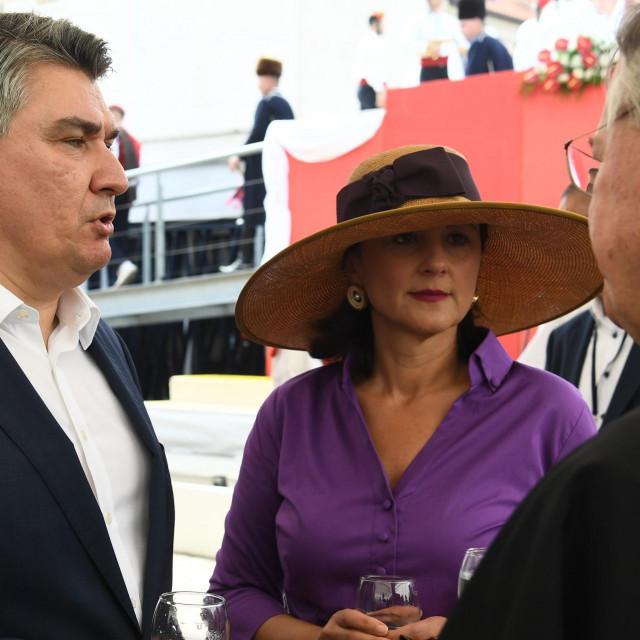 Predsjednik Zoran Milanović, Sanja Milanović i nadbiskup splitsko-dalmatinski Marin Barisić
