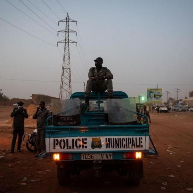 Nigerska policija, foto Nicolas Remene