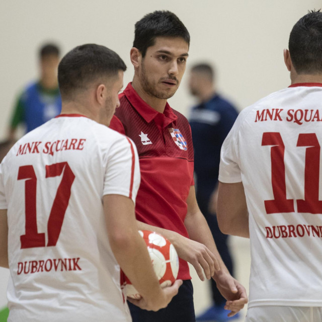 Antun Bačić dok je bio trener Squarea foto: Božidar Vukičević / CROPIX