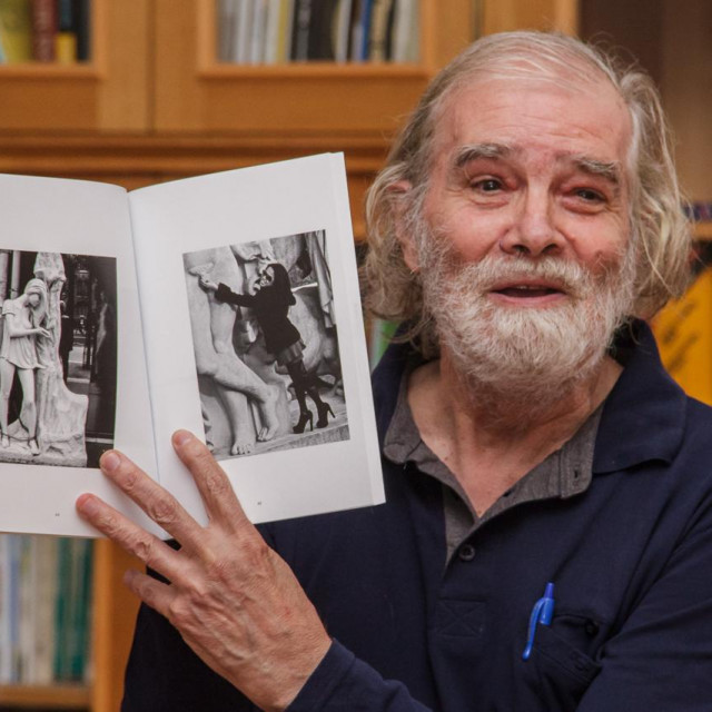 Akademik Tonko Maroević (1941. - 2020.) tijekom predstavljanja knjige Damira Perinića u Dubrovniku u listopadu 2018.