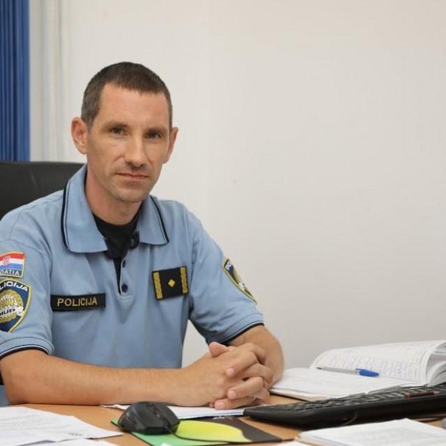 Miho Čanić, policijski službenik za prevenciju Policijske postaje Dubrovnik
