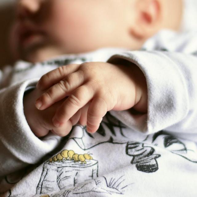 Za prvih sedam mjeseci isplaćeno 1,8 milijuna kuna dara za novorođeno dijete