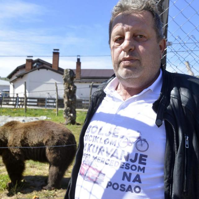 Željko Orešković Macola i njegovi medvjedi