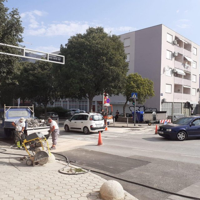 Radovi kod križanja Dubrovačke s Putom Plokita i Varaždinskom ulicom