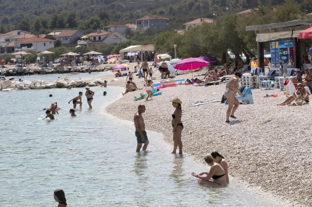 Nasipanjem plaža napravljen je ekocid